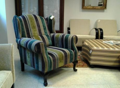 Csíkos füles fotel