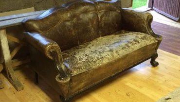 Bőr kanapé felújítás előtt