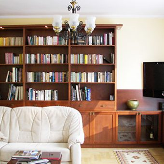 Méretregyártott könyvesszekrény 01
